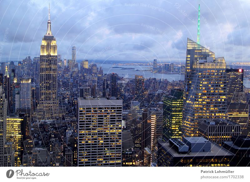 Sparkling New York Shopping Vacation & Travel Tourism Far-off places Sightseeing City trip Office Economy Financial Industry Environment Sky Clouds River