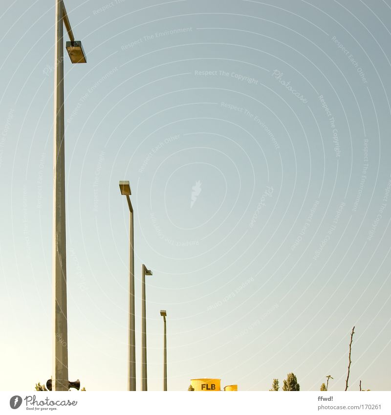 Sky Tree Cold Lamp Lighting Tall Industry Bushes Simple Clean Thin Lantern Considerable Navigation Ease Cloudless sky