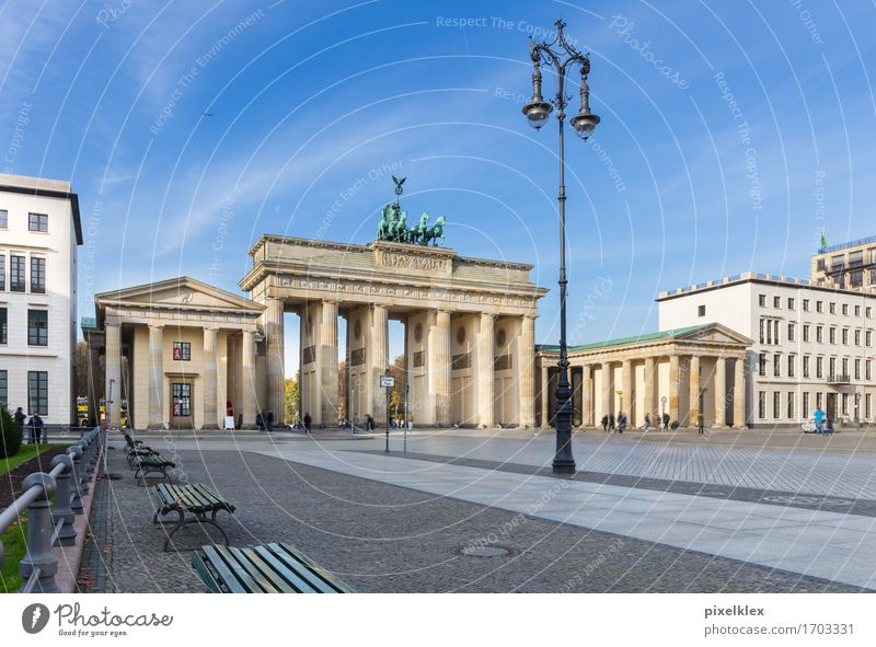 Vacation & Travel City Architecture Berlin Building Germany Tourism Tall Places Large Historic Manmade structures Street lighting Bench Landmark Capital city