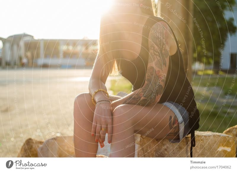 Youth (Young adults) Summer Beautiful Young woman Sun Eroticism Relaxation 18 - 30 years Adults Feminine Wild Contentment Esthetic To enjoy Cool (slang)