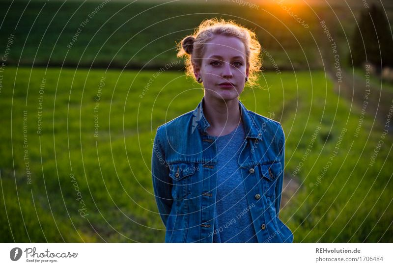 Alexa in the evening light. Human being Feminine Young woman Youth (Young adults) 1 18 - 30 years Adults Environment Nature Landscape Grass Meadow Field