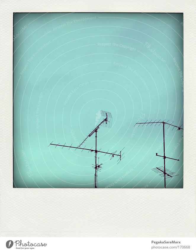 Sky Blue Black Far-off places Polaroid Metal Environment Technology Communicate Telecommunications Antenna In transit Sharp-edged Entertainment electronics
