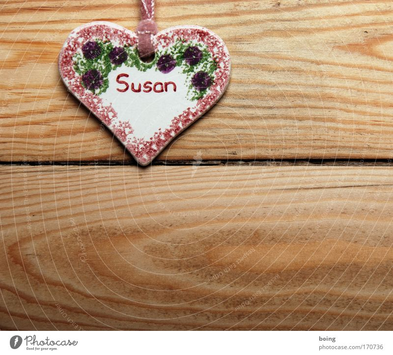 The Susan Studio shot Flat (apartment) Accessory Jewellery Sign Characters Heart Living or residing Happy Name plate first name female first name Pendant