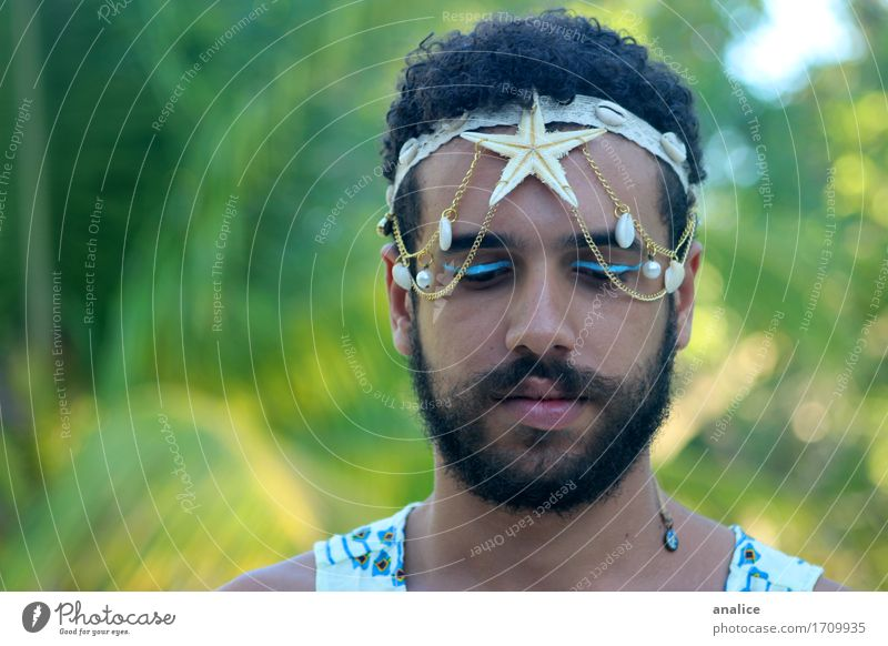 Mermaid Hair and hairstyles Make-up Masculine Androgynous Face 1 Human being Accessory Headband Black-haired Facial hair Beard Starfish Shell Goddess Authentic