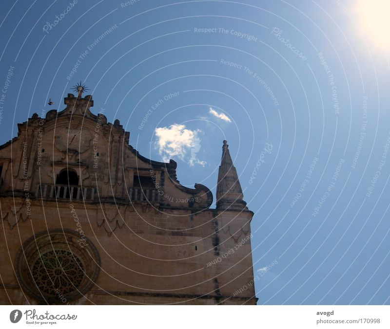 KVWS Colour photo Copy Space right Day Sightseeing City trip Summer Summer vacation Sun Sky Clouds felantix Old town Church Building Facade Tourist Attraction