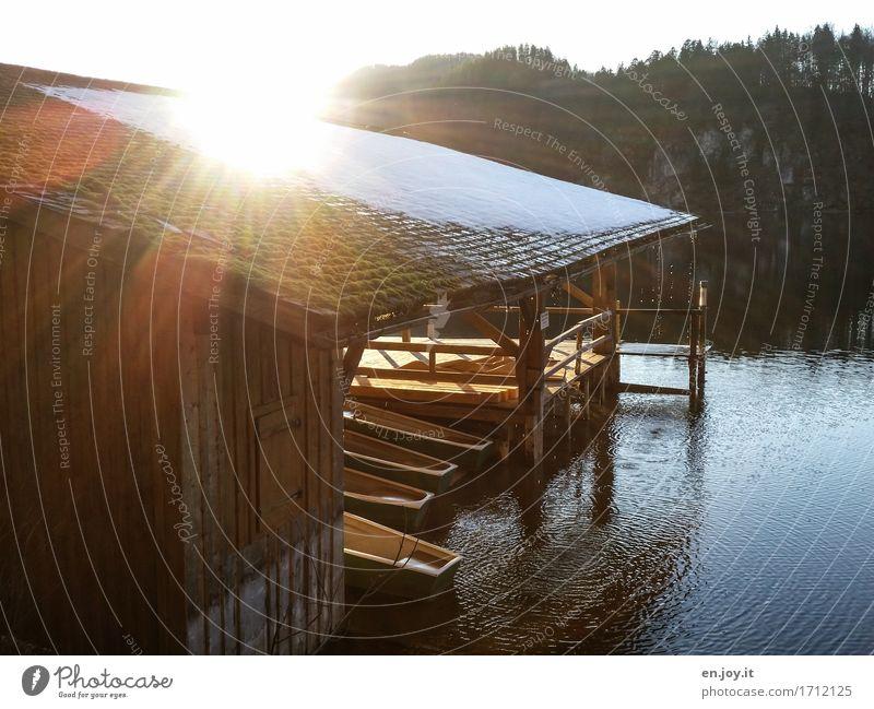 Vacation & Travel Sun Relaxation Calm Sadness Religion and faith Snow Wood Lake Tourism Watercraft Leisure and hobbies Illuminate Idyll Trip