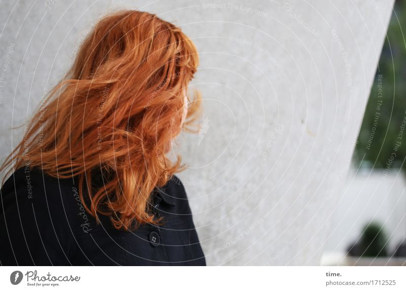 . Feminine 1 Human being Wall (barrier) Wall (building) Jacket Red-haired Long-haired Movement Rotate Wild Watchfulness Curiosity Interest Discover Expectation