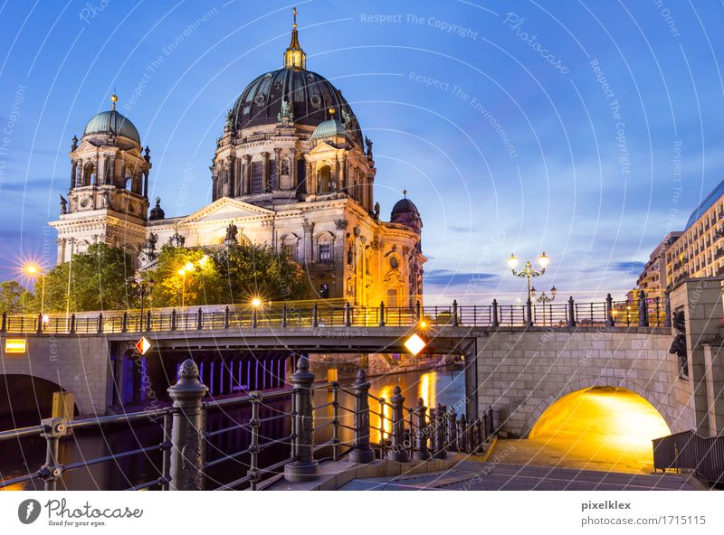 Vacation & Travel City Old Water Architecture Religion and faith Berlin Building Germany Tourism Church Large Bridge Historic River Manmade structures