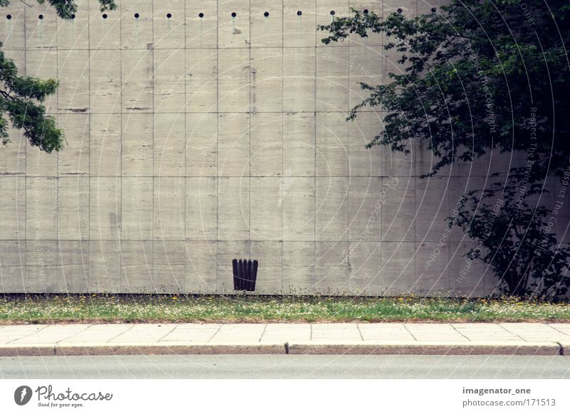 Cold Wall (building) Stone Wall (barrier) Moody Manmade structures Boredom Town