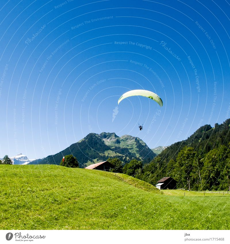 landing approach Lifestyle Well-being Contentment Relaxation Calm Leisure and hobbies Trip Adventure Freedom Summer Mountain Sports Paragliding Paraglider