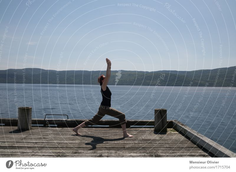 yoga Sports Fitness Sports Training Yoga Nature Landscape Lakeside Free Athletic Canada Woman Girl Healthy salubriously Life Lifestyle Colour photo