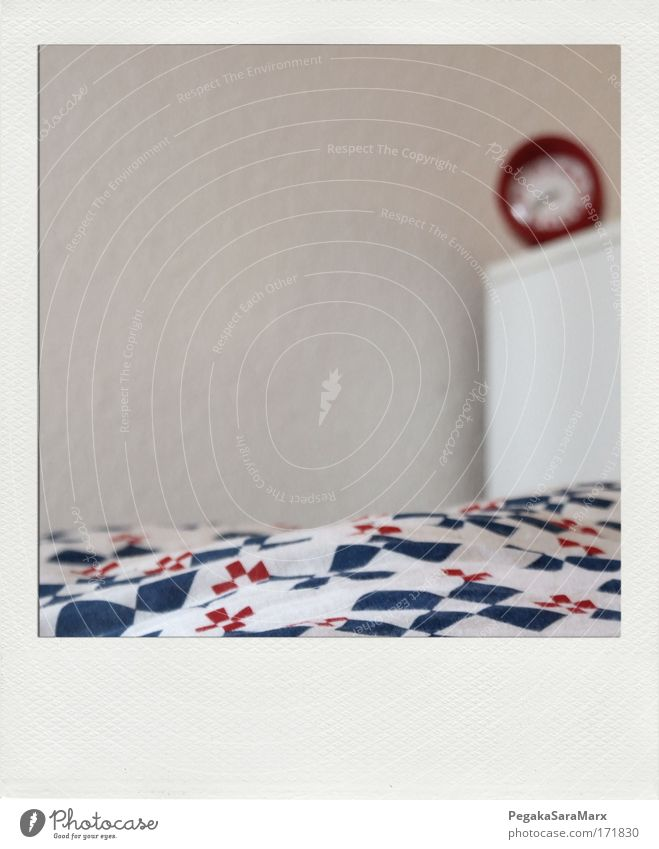 White Blue Red Calm Relaxation Style Dream Room Flat (apartment) Sleep Lifestyle Modern Bed Near Soft Lie