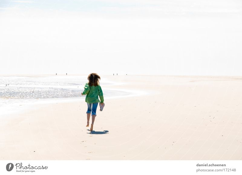 Human being Youth (Young adults) Sun Ocean Summer Joy Beach Vacation & Travel Far-off places Life Relaxation Feminine Freedom Happy Coast Walking