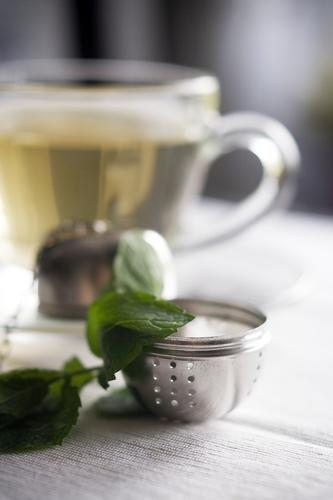 teatime Nutrition To have a coffee Beverage Hot drink Tea Relaxation Warmth Contentment Joie de vivre (Vitality) Serene Calm Tea cup Peppermint tea brew Water