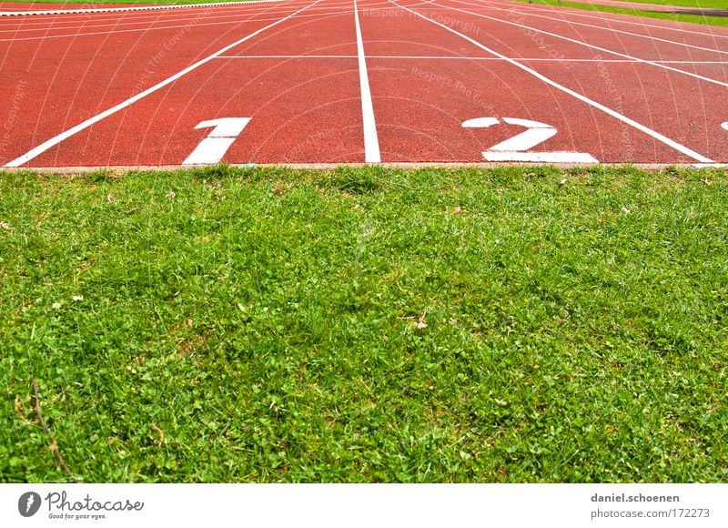 1 I 2 Colour photo Multicoloured Deserted Copy Space top Copy Space bottom Sports Track and Field Sporting Complex Stadium Racecourse Beginning Lanes & trails