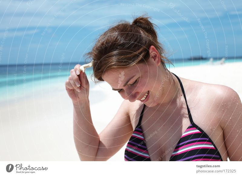 Woman Sun Ocean Summer Beach Vacation & Travel Relaxation Laughter Think Sand Funny Human being Tourism Travel photography Asia Swimming & Bathing