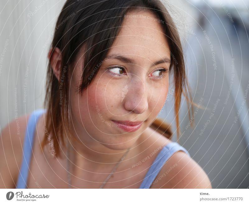 . Feminine 1 Human being Bridge Pedestrian Lanes & trails T-shirt Brunette Long-haired Observe Smiling Looking Wait Friendliness Happiness Contentment