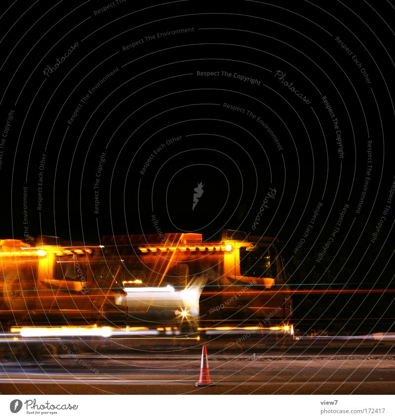 STOP AND GO Colour photo Multicoloured Exterior shot Experimental Copy Space top Night Light Motion blur Central perspective Night life Craftsperson Workplace