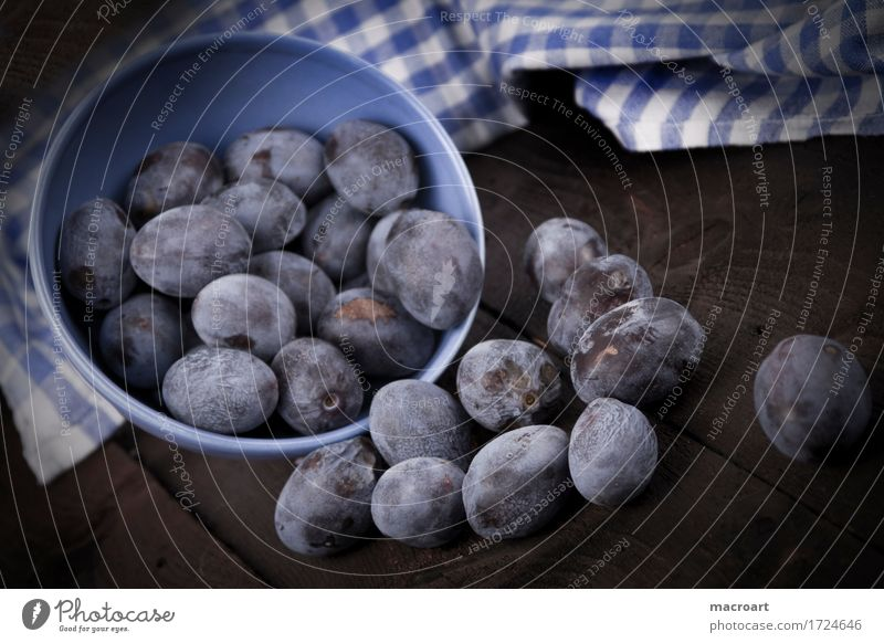 plums Plum Fruit country house style Mature Blue Healthy Eating Dish towel Wooden table Vintage Old Archaic Bowl Crockery Porcelain Cereal Pomacious fruits