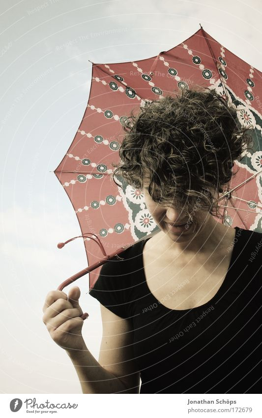 curly umbrella Lifestyle Elegant Style Joy Happy Hair and hairstyles Human being Feminine Young woman Youth (Young adults) 1 To enjoy Esthetic Exceptional