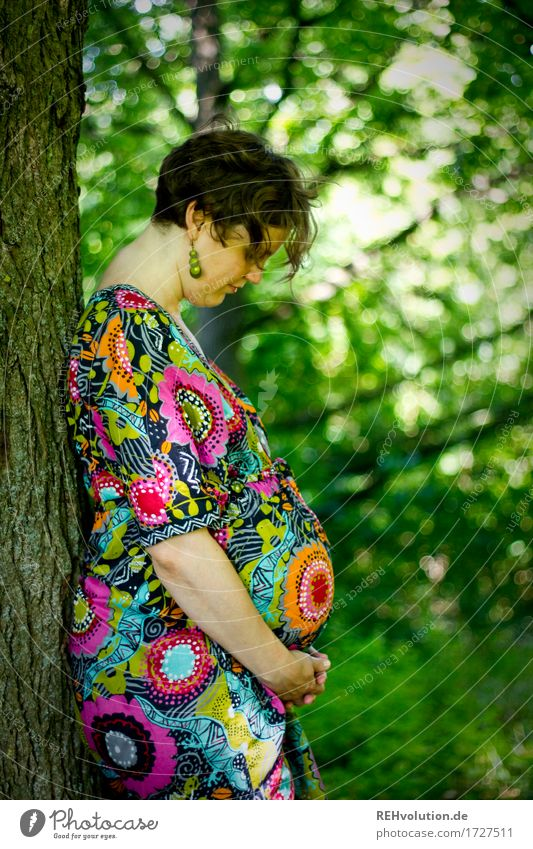 There's something going on in your stomach 2 Human being Feminine Woman Adults Mother Stomach 1 30 - 45 years Environment Nature Tree Forest Dress Brunette