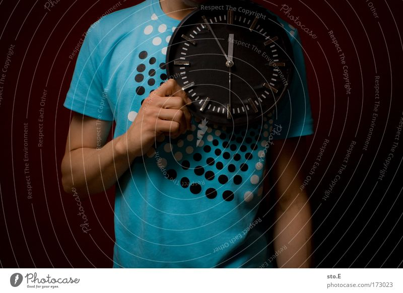 Youth (Young adults) Hand Dark Style Arm Wait Masculine Clock Success Stand Lifestyle Cool (slang) Future T-shirt Digits and numbers Sign