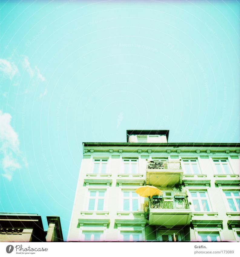 Sky City Summer Clouds House (Residential Structure) Window Building Decoration Curiosity Balcony Sunshade Sunday Old building Port City Lomography St. Pauli