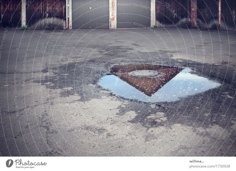 flat roof garage illusion | AST9 Places Manmade structures Building Architecture Garage Garage door Gray Puddle Reflection Pointed roof Gully Asphalt