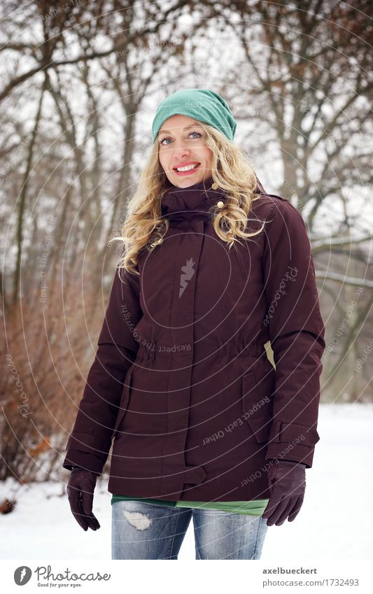 blond woman in winter fashion Lifestyle Joy Leisure and hobbies Winter Snow Human being Feminine Young woman Youth (Young adults) Woman Adults 1 30 - 45 years