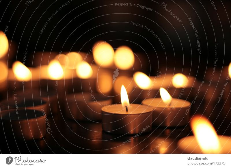 light signals Detail Deserted Copy Space left Copy Space top Copy Space bottom Evening Twilight Light Shallow depth of field Funeral service Church Dome Candle
