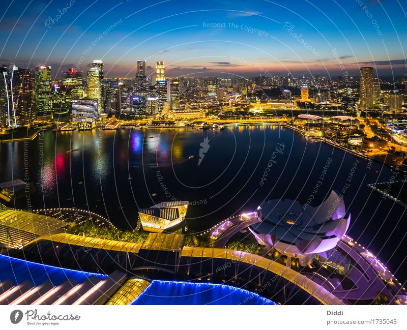 Water House (Residential Structure) Building Tourism Copy Space High-rise Manmade structures Panorama (Format) Skyline Asia Tourist Attraction Capital city