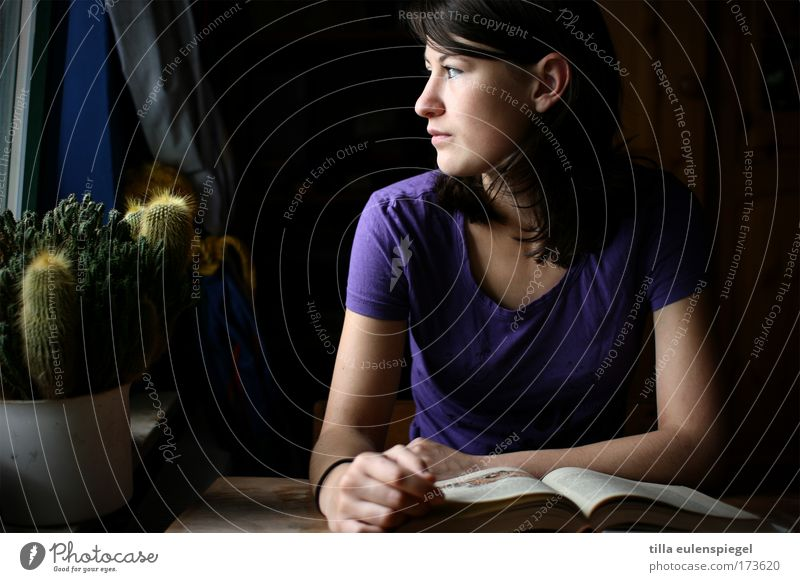 look. Colour photo Interior shot Shadow Looking away Study Student Feminine Young woman Youth (Young adults) 1 Human being Book Reading Observe Education