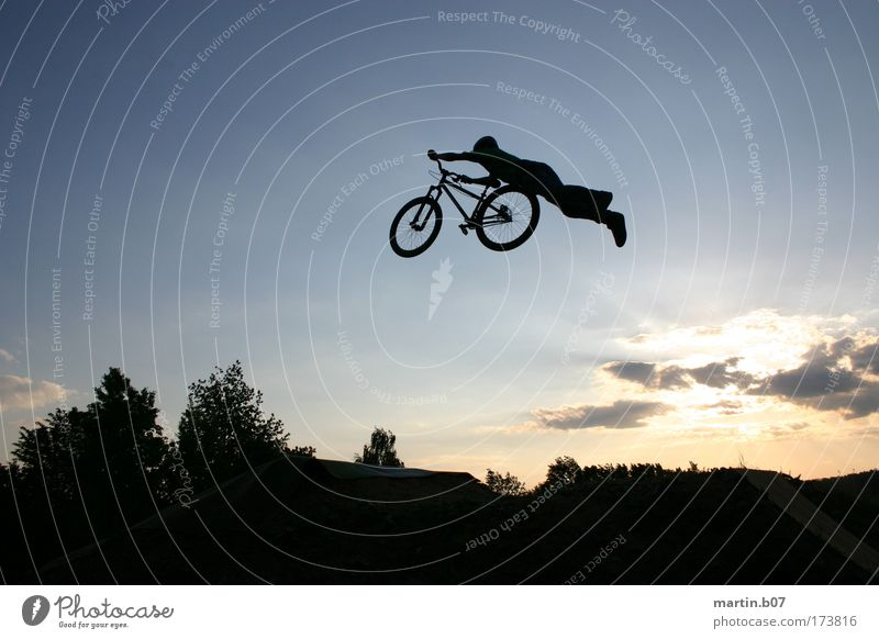 Blue Black Sports Flying Cool (slang) Cycling Freestyle Funsport Dirt Jumping
