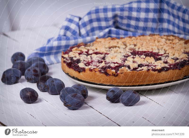 plum cake Plum streusel cake Fruit flan Baking Dessert Coffee Wooden table Healthy Eating Dish Food photograph Nutrition To enjoy Brown White Checkered