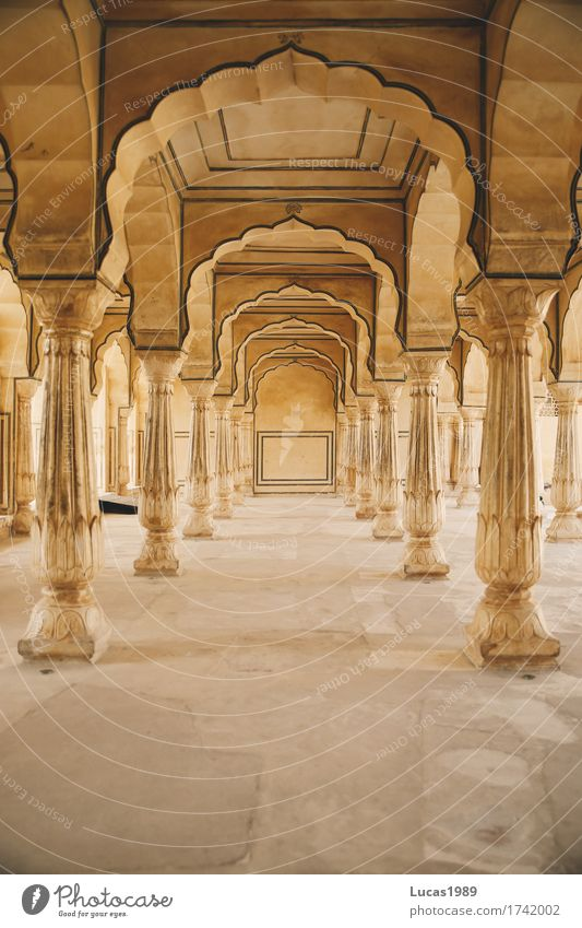 Arcade in the Amber Fort Luxury Style Vacation & Travel Tourism Trip Adventure City trip Summer vacation Jaipur India Asia Manmade structures Palace Corridor
