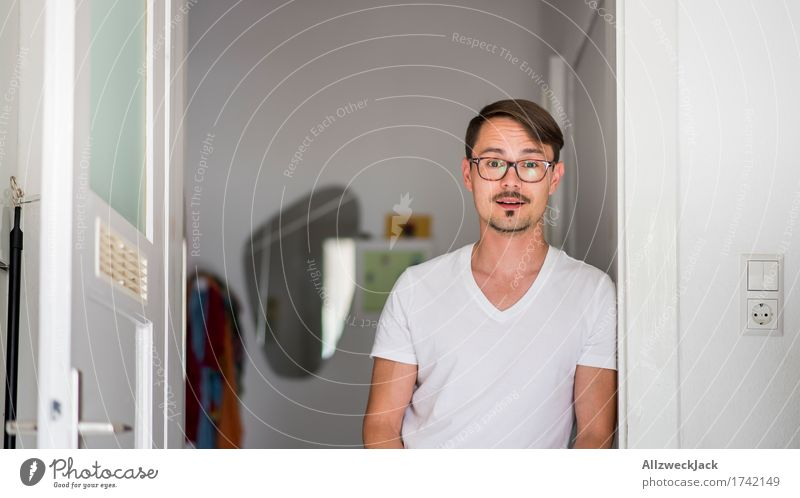Kitchen Portrait 2 Masculine Young man Youth (Young adults) Man Adults 1 Human being 30 - 45 years Eyeglasses Brunette Part Moustache Anticipation Curiosity