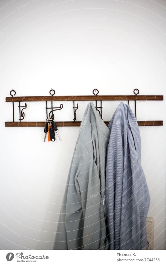 Fashion Work and employment Flat (apartment) Clothing Shirt Hang Key Checkmark Hang up Costume Hallstand Workwear