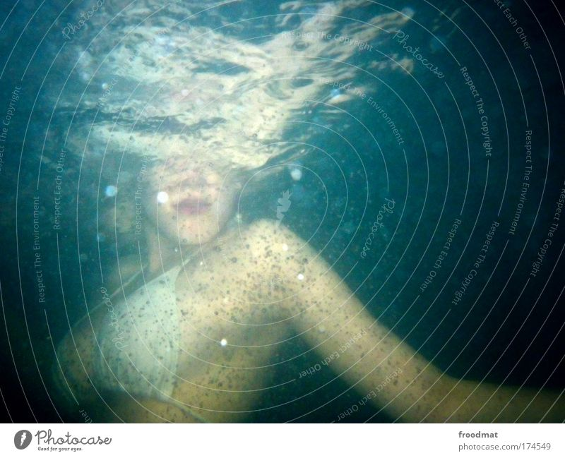 periscope Colour photo Multicoloured Underwater photo Flash photo Upper body Dive Human being Feminine Young woman Youth (Young adults) Woman Adults Mouth Chest