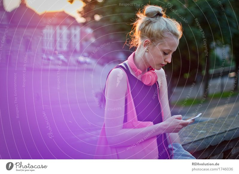 Human being Youth (Young adults) City Beautiful Loneliness 18 - 30 years Adults Lifestyle Feminine Style Boy (child) Exceptional Design Pink Blonde Authentic