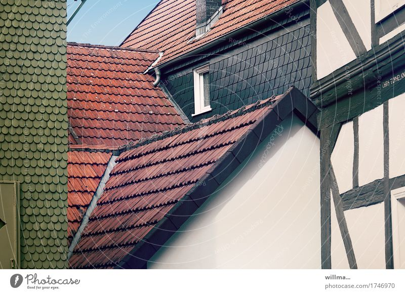 Suspicion | AST 9 House (Residential Structure) Manmade structures Building Architecture Half-timbered facade Half-timbered house Roof slate roof Roofing tile