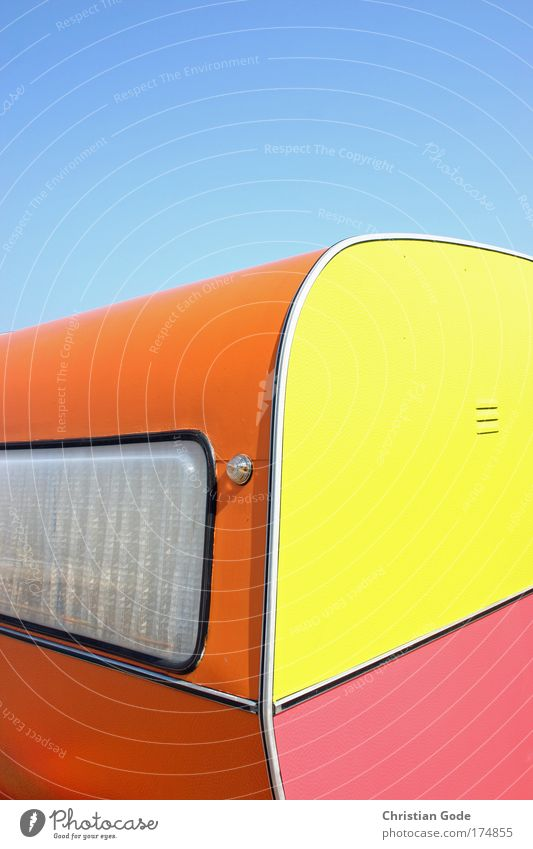 variegated Plastic Multicoloured Caravan Trailer Sky Sky blue Blue Blue sky Pink Yellow Orange Window Curtain Belgium Vacation & Travel Vacation traffic Round