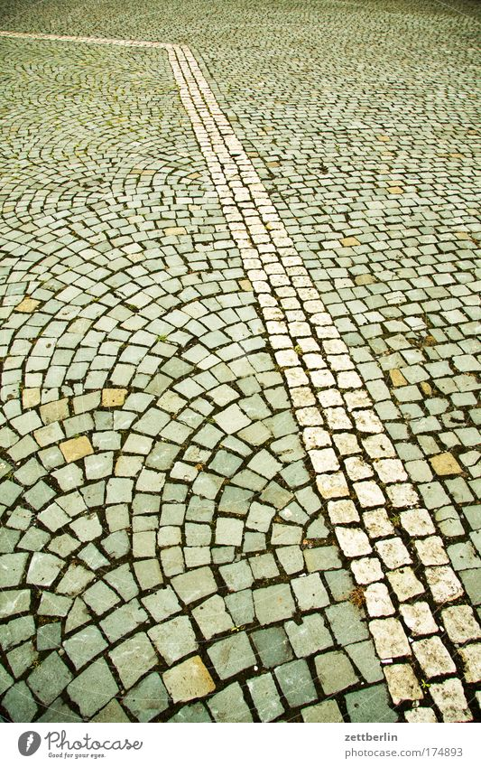 City Line Arrangement Sidewalk Cobblestones Paving stone Bend Pattern Pave Cobbled pathway 30 mph zone