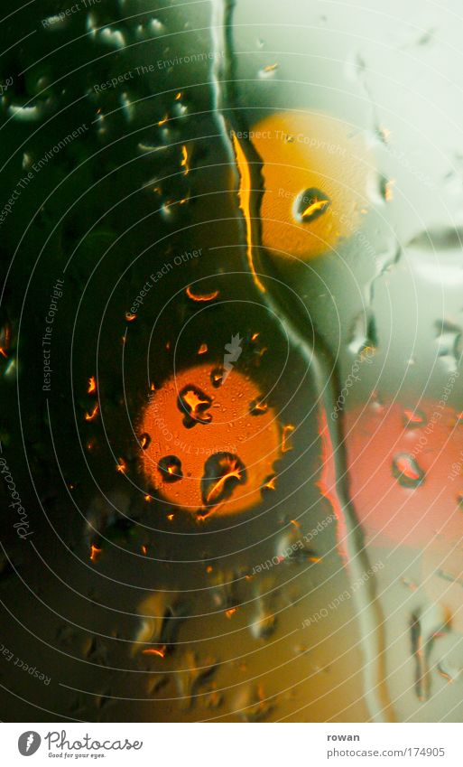 Green Red Yellow Window Rain Glass Drops of water Wet 3 Circle Gloomy Round Drop Point Storm Window pane
