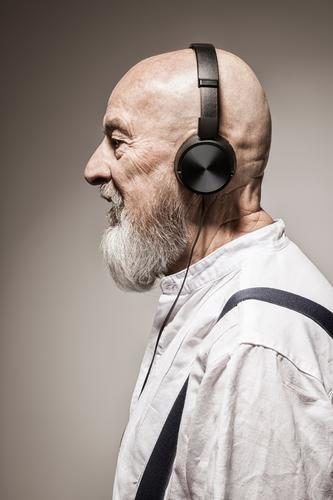 old music Lifestyle Style Music Human being Masculine Senior citizen Cool (slang) Headphones Sound Song Beige Listening Profile Bald or shaved head Facial hair