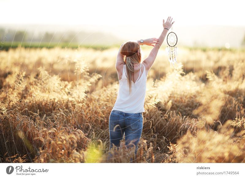 dreamcatcher Human being Feminine Young woman Youth (Young adults) Life 1 18 - 30 years Adults Environment Nature Summer Field Relaxation To hold on Illuminate