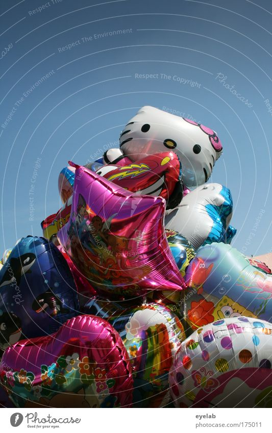 Sky Colour Summer Joy Feasts & Celebrations Leisure and hobbies Glittering Design Beautiful weather Happiness Balloon Kitsch Toys Cloudless sky Fairs & Carnivals Whimsical