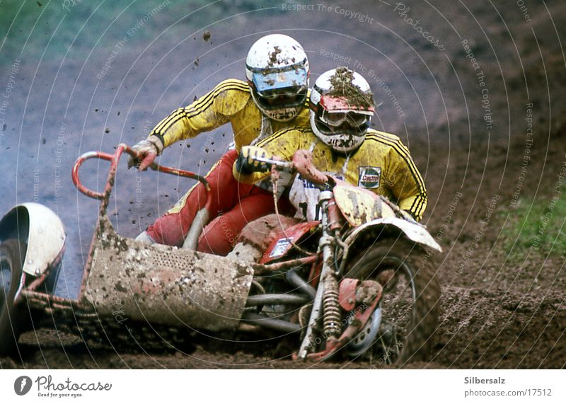 motocross Cyclo-cross Motorcycle Racing sports Motorsports Motocross bike mc Sidecar Extreme sports Dangerous Speed Muddy Sludgy Dirty Tilt Curve Sports team