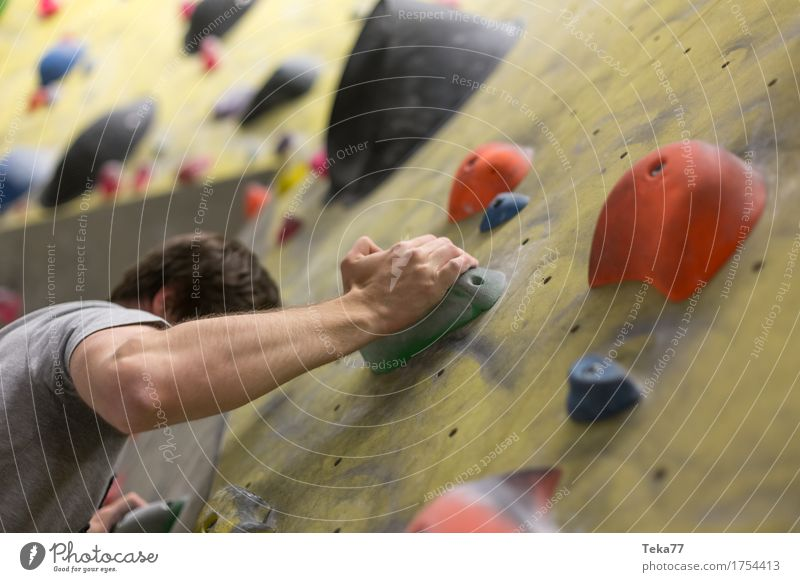 Human being Hand Wall (building) Sports Wall (barrier) Leisure and hobbies Power Adventure Beginning Fitness Climbing Personal hygiene Concentrate