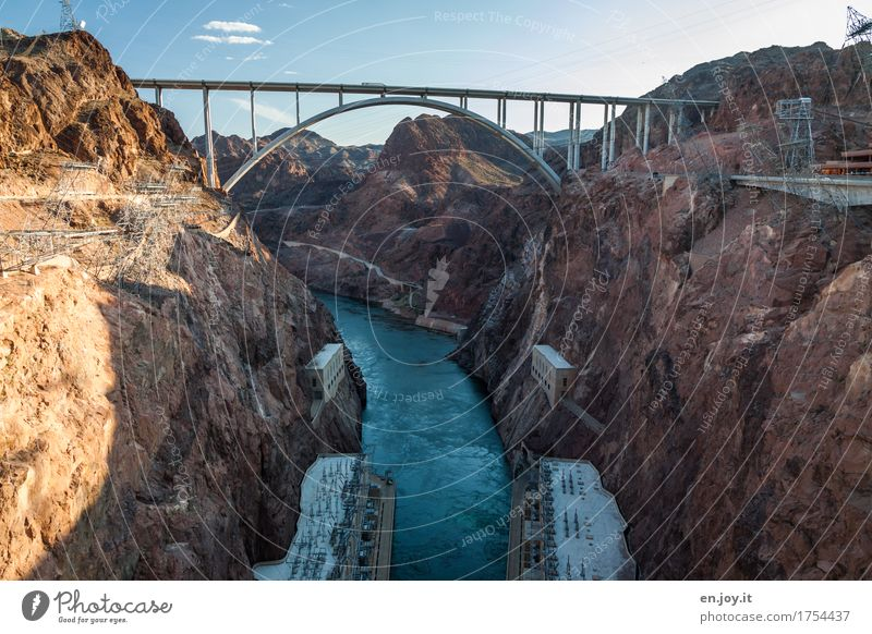 Vacation & Travel City Environment Rock Tourism Energy industry Tall Climate USA Bridge River Manmade structures Fear of heights Americas Tourist Attraction