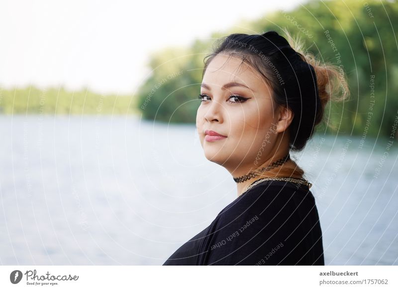 young asian woman by the lake Lifestyle Leisure and hobbies Vacation & Travel Human being Feminine Young woman Youth (Young adults) Woman Adults 1 18 - 30 years